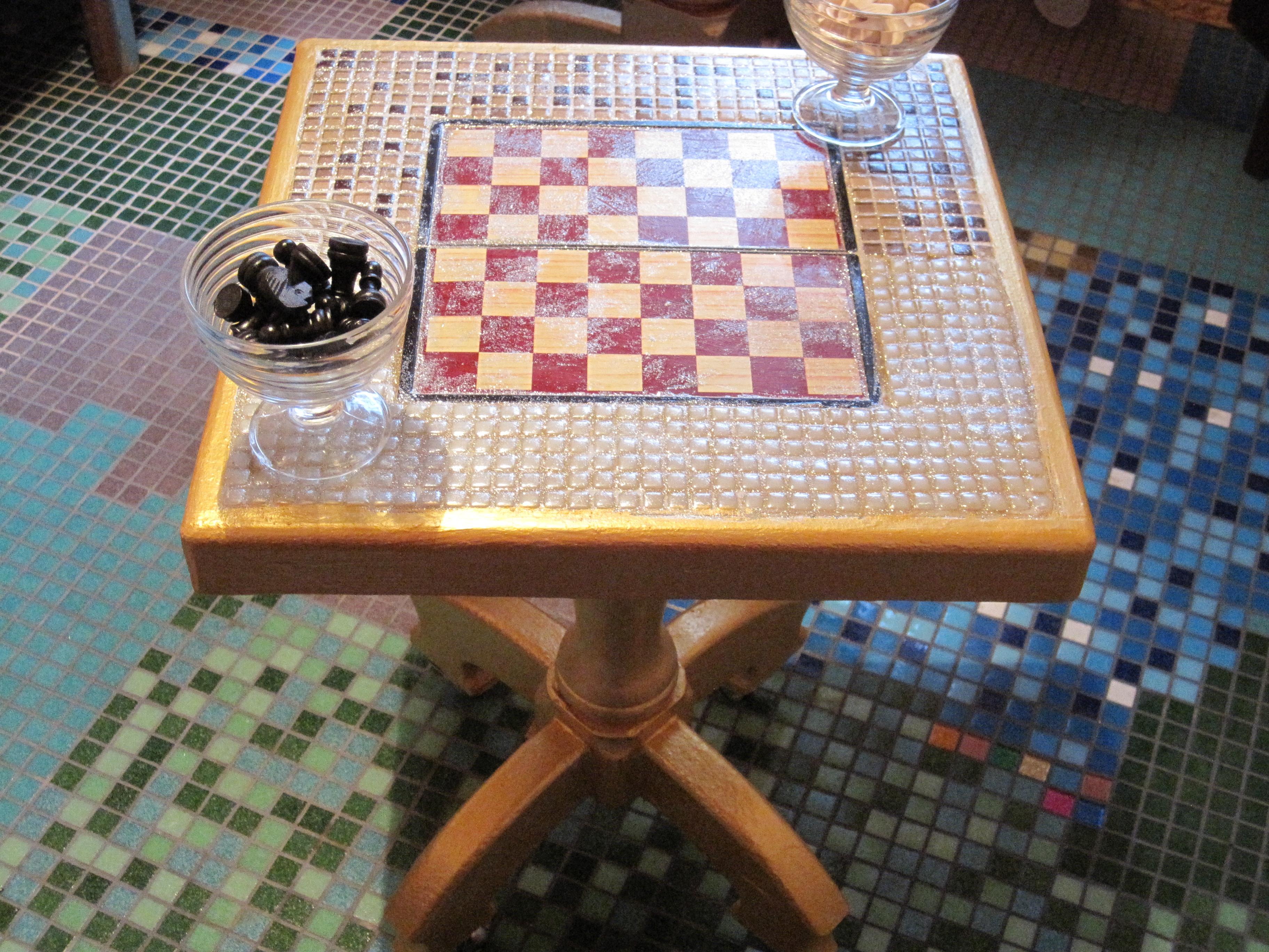Как сделать своими руками мозаичный стол своими руками