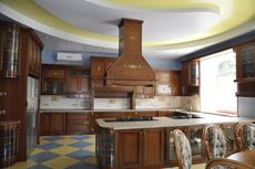 Кухни деревянные из массива ольхи и ясеня