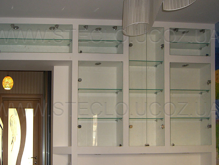 Стеклянные дверцы для шкафа.