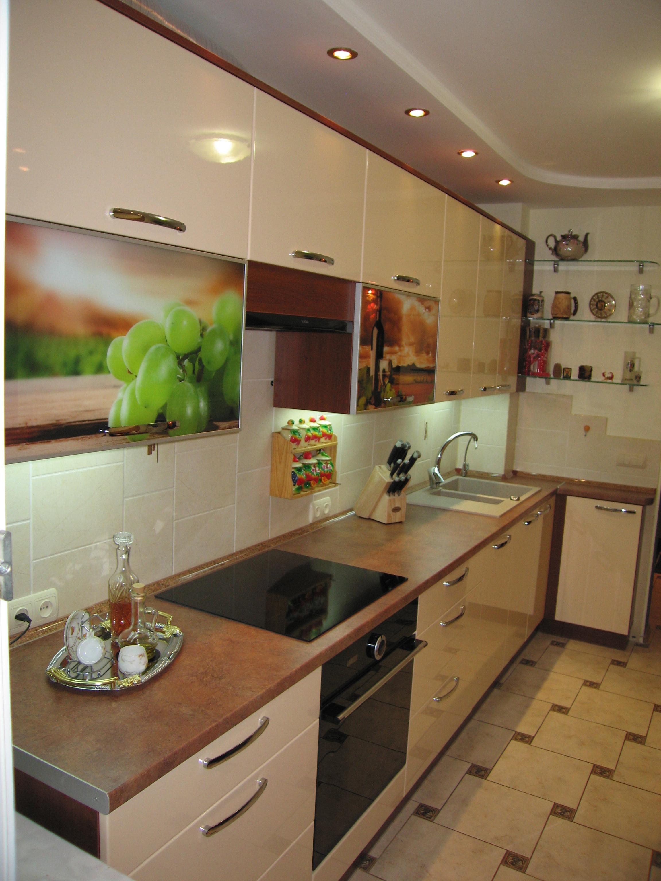 фото кухні на замовлення