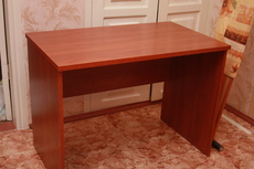 Продаётся офисный стол