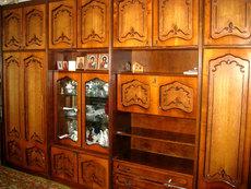 Продам б/у мебель для гостиной.