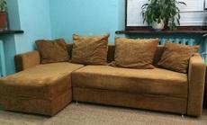 Современный, стильный угловой диван в отличном состоянии