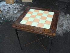 Продам столы б/у с ковкой для ресторана