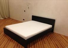 Двуспальная кровать из массива дуба