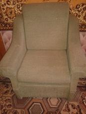 Продам 2 мягких кресла б/у