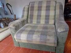 Продам кресло - кровать б/у. в хорошем состоянии
