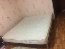 Продам кровать б/у в хорошем состоянии.