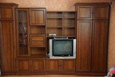 Срочно продается стенка для гостиной или комнаты б/у